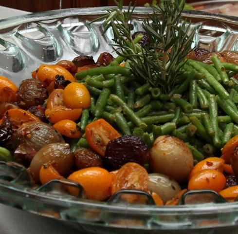 Silvestermenü: Gemüseteller mit Bohnen