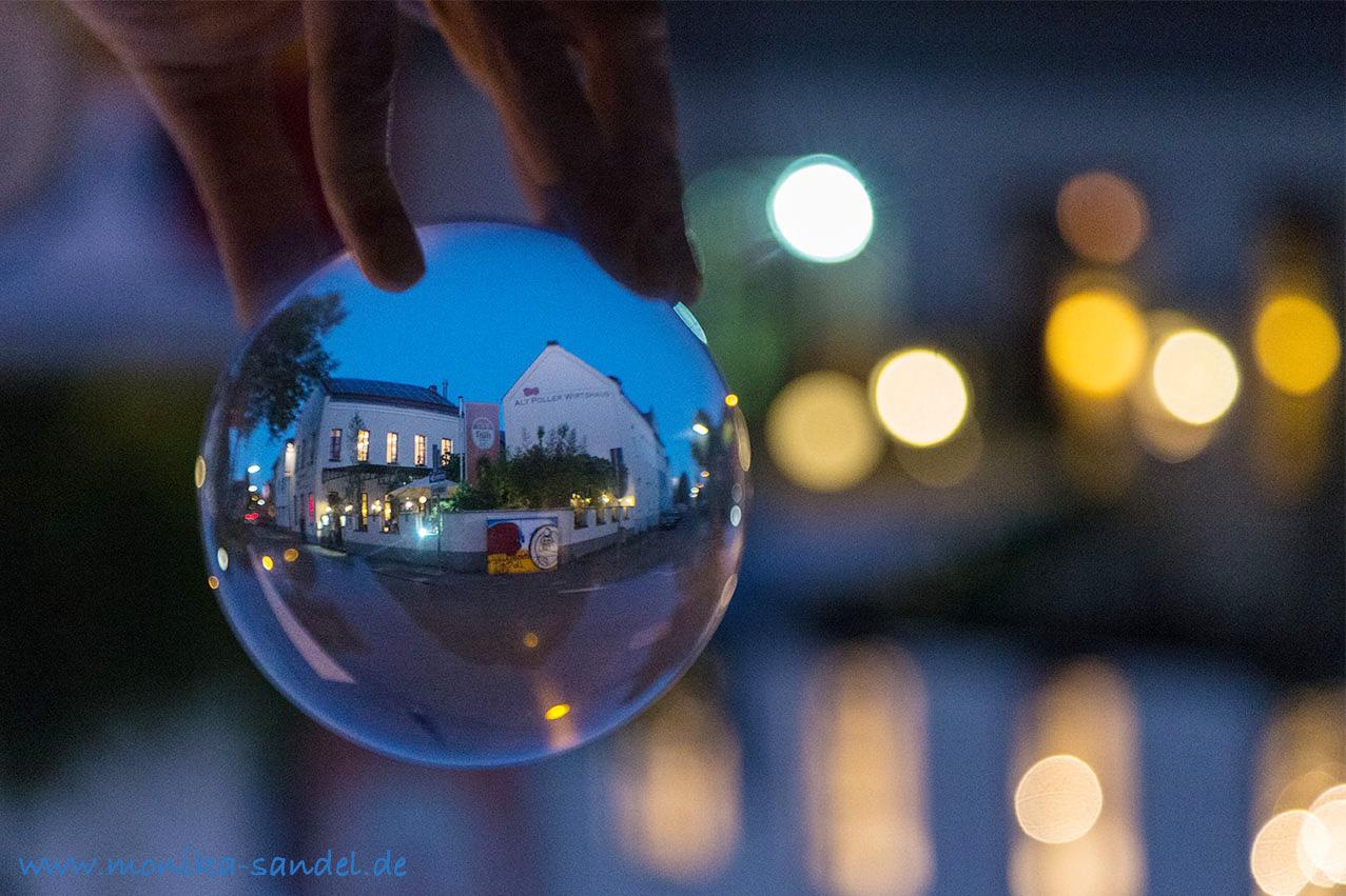 Alt Poller Wirtshaus – Blick in eine spiegelnde Kugel