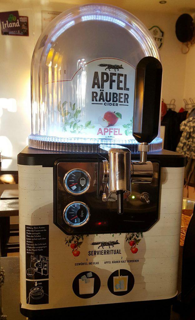 Unsere Cider-Bar sorgt für frisch gezapften leckeren Apfel-Cider